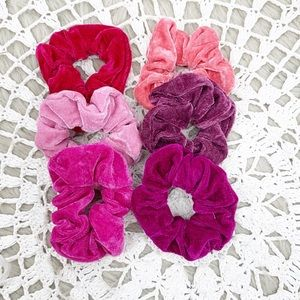 Accessories - Scrunchies Set Of Six Velvet Pinks Boho Hair Ties